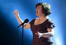 """<p>Susan Boyle canta """"I Dreamed a Dream"""" em show beneficente para arrecadar dinheiro para mulheres na África e vítimas do terremoto do Haiti em Copenhague em janeiro. Boyle está procurando um parceiro para duetos em seu novo álbum. 30/01/2010. REUTERS/Casper Christoffersen/Arquivo</p>"""