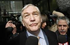 <p>Former media baron Conrad Black leaves the Dirksen Federal Courthouse after his sentencing hearing in Chicago, in this December 10, 2007 file photo. REUTERS/John Gress</p>