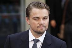 """<p>Leonardo DiCaprio no lançamento do filme """"A Origem"""" em Londres. Uma canadense acusada de atacar o ator com uma garrafada em 2005 recebeu na quarta-feira a ordem de ficar a pelo menos 500 jardas dele. 08/07/2010 REUTERS/Stefan Wermuth</p>"""