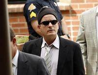 <p>Actor Charlie Sheen arrives for a sentencing hearing at the Pitkin County Courthouse in Aspen, Colorado June 7, 2010. REUTERS/Rick Wilking</p>
