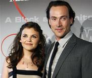 <p>Actress Ginnifer Goodwin and Chris Klein pose at the Women in Film 2008 Crystal and Lucy Awards in Beverly Hills, California June 17, 2008. REUTERS/Mario Anzuoni</p>