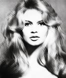 <p>Brigitte Bardot photographed in Paris, January 27, 1959. REUTERS/Christies/Richard Avedon</p>