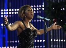 <p>Singer Toni Braxton performs as a guest during the opening show of the young singers contest New Wave in Jurmala July 27, 2010. REUTERS/Ints Kalnins</p>