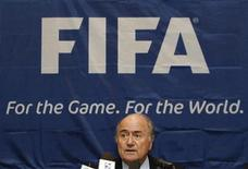 <p>Foto de arquivo do presidente da Fifa, Joseph Blatter, durante entrevisa coletiva em Cingapura. 11/08/2010 REUTERS/Vivek Prakash</p>