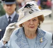 <p>Бывший премьер-министр Великобритании Маргарет Тэтчер на праздновании 60-летней годовщины Битвы за Британию, Лондон 19 сентября 2010 года. Экс-премьер Великобритании Маргарет Тэтчер во вторник была доставлена в больницу для сдачи анализов на фоне приступа гриппа. REUTERS/Luke MacGregor</p>
