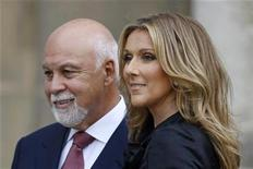 <p>Canadian singer Celine Dion ( R) poses with husband Rene Angelil after she was awarded with France's Legion d'Honneur by French President Nicolas Sarkozy during a ceremony at the Elysee Palace in Paris May 22, 2008. REUTERS/Charles Platiau</p>