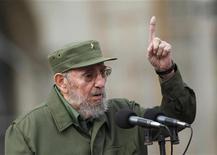 """<p>Бывший кубинский лидер Фидель Кастро выступает на празднике 50-летия образования Комитетов защиты революции в Гаване 28 сентября 2010 года. Очередная часть игрового бестселлера """"Call of Duty"""" предлагает игрокам попытаться убить кубинского лидера Фиделя Кастро, что пришлось не по душе властям Острова Свободы. REUTERS/Desmond Boylan</p>"""