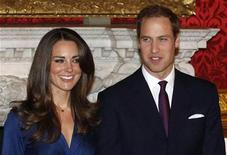 <p>Britain's Prince William and his fiancee Kate Middleton (L) pose for a photograph in St. James's Palace, central London November 16, 2010. REUTERS/Suzanne Plunkett</p>
