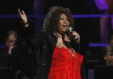 <p>Aretha Franklin performs during the second of two 25th Anniversary Rock & Roll Hall of Fame concerts in New York October 30, 2009. REUTERS/Lucas Jackson</p>
