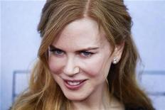 """<p>Imagen de archivo de la actriz Nicole Kidman en la premiere de """"Rabbit Hole"""" en Nueva York. dic 2 2010. La actriz ganadora de un Oscar Nicole Kidman ha conseguido buenas críticas, además de una candidatura a los Globos de Oro, por su papel de madre que afronta la muerte de un hijo en el largometraje independiente """"Rabbit Hole"""". REUTERS/Lucas Jackson/Archivo</p>"""