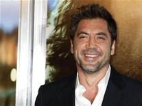 "<p>Cast member Javier Bardem arrives at the premiere of his and director Alejandro Gonzalez Inarritu's film ""Biutiful"" in Los Angeles December 14, 2010. REUTERS/Fred Prouser</p>"