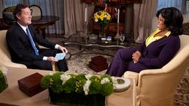 """<p>British journalist Piers Morgan (L) interviews talk show host Oprah Winfrey on the premiere of the CNN program """"Piers Morgan Tonight"""" in an interview telecast on CNN January 17, 2011 in this undated publicity photograph released by CNN. REUTERS/Courtesy CNN/Handout</p>"""