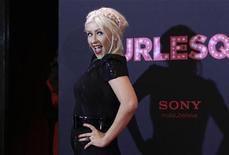 """<p>Foto de archivo de la cantante Christina Aguilera posando en la promoción del filme """"Burlesque"""" en Berlín. Dic 16, 2010. REUTERS/Tobias Schwarz</p>"""