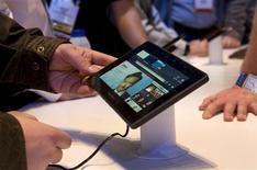 <p>O tablet Blackberry PlayBook exposto na feira internacional CES, em janeiro de 2011, em Las Vegas. 07/01/2011 REUTERS/Steve Marcus</p>