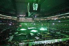 <p>Overall view of the stage set up on the field as the Black Eyed Peas perform during half-time of the NFL's Super Bowl XLV football game between the Pittsburgh Steelers and the Green Bay Packers in Arlington, Texas, February 6, 2011. REUTERS/Tim Sharp</p>