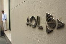 <p>AOL rachète pour 315 millions de dollars The Huffington Post, un site d'informations en pleine croissance. /Photo d'archives/REUTERS/Lucas Jackson</p>