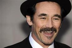 """<p>British actor Mark Rylance, nominated for an Olivier Award - Best Actor for his performance in """"La Bete,"""" talks to the media as he arrives to attend the 2010 Laurence Olivier Awards in central London March 21, 2010. REUTERS/Jas Lehal</p>"""