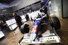 <p>Carro da Williams na Bolsa de Frankfurt, antes de uma oferta pública de ações (IPO). 10/02/2011 REUTERS/Alex Domanski</p>