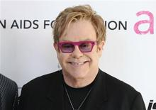 <p>Musician Elton John arrives at the 19th Annual Elton John AIDS Foundation Academy Award Viewing Party in West Hollywood, California February 27, 2011. REUTERS/Gus Ruelas</p>