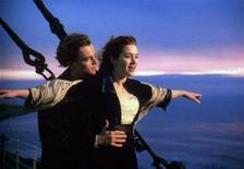 """<p>Кадр из фильма """"Титаник"""", 20 января 1999 года. История любви бедного художника и светской львицы на борту """"Титаника"""", разыгранная в культовом фильме Джеймса Кэмерона актерами Леонардо Ди Каприо и Кейт Уинслет, сильнее всего будоражит сердца любителей киноромантики.</p>"""