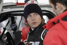 <p>Kimi Raikkonen, ex-campeão finlandês da Fórmula 1, em preparação para corrida em Hangfors, na Suécia. Raikkonen fechou parceria com Kyle Busch Motorsports e vai estrear pela Nascar na categoria Truck como piloto em maio. 10/02/2011 REUTERS/Micke Fransson/Scanpix Sweden</p>