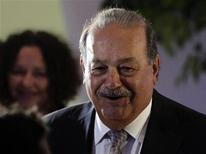 <p>Mexican tycoon Carlos Slim arrives to attend the opening of the Soumaya museum in Mexico City March 1, 2011. REUTERS/Henry Romero</p>