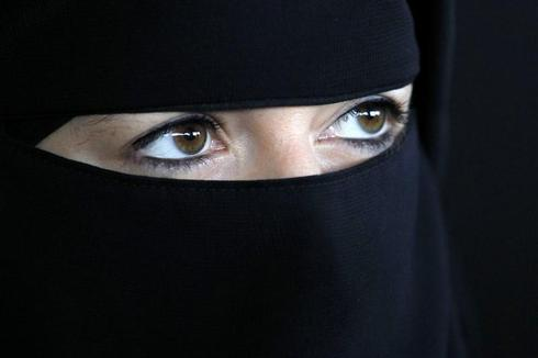 France's veiled women