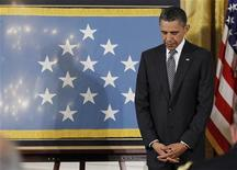 <p>Президент США Барак Обама в Белом Доме в Вашингтоне, 2 мая 2010 года. Ликвидация Усамы бен Ладена сильно повышает популярность президента США Барака Обамы, но этого может оказаться недостаточно для отвлечения внимания американцев от экономических проблем, которые могут испортить предвыборную кампанию лидера демократов. REUTERS/Jason Reed</p>