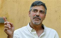 <p>Actor George Clooney gestures during an interview with Reuters in Southern Sudan's capital Juba, January 8, 2011. REUTERS/Thomas Mukoya</p>