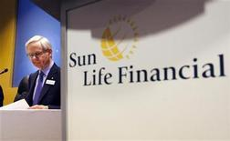 <p>Donald Stewart, Chief Executive Officer of Sun Life Financial, sits before speaking at their annual general meeting for shareholders in Toronto, May 19, 2010. REUTERS/Mark Blinch</p>
