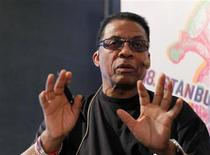 <p>U.S. jazz musician Herbie Hancock gestures during a news conference in Istanbul July 4, 2011. REUTERS/Cihat Caner</p>