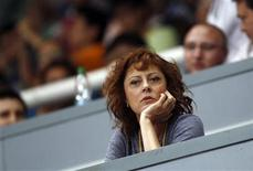 <p>Actress Susan Sarandon watches a table tennis game during the Volkswagen 2011 China vs. World Team Challenge event in Shanghai June 25, 2011. REUTERS/Carlos Barria</p>