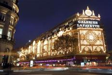 <p>View of the Galeries Lafayette department store with Christmas lights in Paris November 8, 2011. REUTERS/Charles Platiau</p>