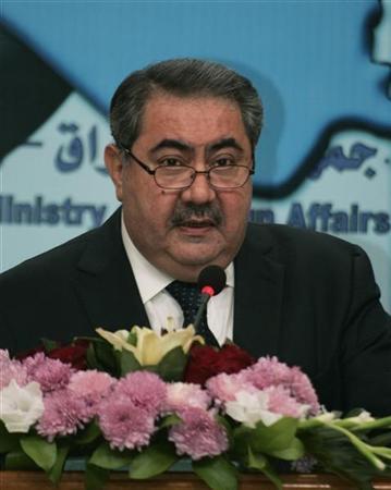 b2149e376 وزير الخارجية العراقي هوشيار زيباري أثناء مؤتمر صحفي في بغداد يوم 14 نوفمبر  تشرين الثاني 2011. تصوير: محمود رؤوف محمود - رويترز