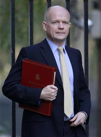 Britain's Foreign Secretary William Hague arrives for a cabinet meeting at 10 Downing Street in London November 15, 2011. REUTERS/Suzanne Plunkett