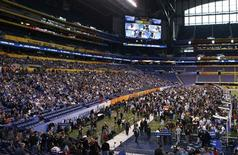<p>For the first time, the NFL allows football fans to attend media day for the NFL Super Bowl XLVI in Indianapolis January 31, 2012. The New York Giants will play the New England Patriots in the Super Bowl on February 5. REUTERS/Brent Smith</p>