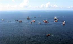 <p>Preparations to drill a relief well continue at the Macondo oil spill site in the Gulf of Mexico, in this aerial photograph taken from a coast guard helicopter on August 21, 2010. REUTERS/Ann Driver</p>