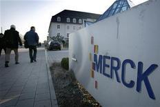 <p>Les résultats du quatrième trimestre de l'allemand Merck sont inférieurs aux attentes, en raison d'une demande en berne pour les cristaux liquides utilisés dans les téléviseurs à écran plat. /Photo d'archives/REUTERS</p>