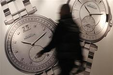 <p>Stand Michel Herbelin au salon Baselworld, à Bâle. Baselworld, le plus grand événement annuel pour l'horlogerie suisse, referme ses portes jeudi sur une note positive, de nombreux fabricants de montres se disant satisfaits des commandes lors de cette édition 2012. /Photo prise le 15 mars 2012/REUTERS/Christian Hartmann</p>