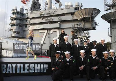 "Brooklyn Decker, Rihanna promote ""Battleship"""