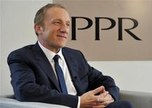 <p>Francois-Henri Pinault, le PDG de Pinault-Printemps-Redoute (PPR). Le groupe a fait état mercredi d'une nette hausse de ses ventes au premier trimestre, portée par une brillante performance de ses griffes de luxe Bottega Veneta et Yves Saint Laurent. /Photo d'archives/REUTERS/Philippe Wojazer</p>