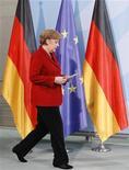 """<p>Selon Berlin, la chancelière allemande Angela Merkel est """"largement en accord"""" avec le chef de l'Etat français François Hollande, le Premier ministre britannique David Cameron et le président du Conseil italien Mario Monti sur la nécessité de coupler consolidation budgétaire et relance de la croissance. /Photo prise le 17 mai 2012/REUTERS/Fabrizio Bensch</p>"""