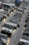 <p>Les immatriculations de voitures neuves ont diminué de 8,7% en mai dans l'Union européenne, selon l'Association des constructeurs européens d'automobiles (Acea). Sur les cinq premiers mois de l'année, elles ressortent en baisse de 7,7% par rapport à l'année dernière avec 5,442 millions d'unités. /Photo d'archives/REUTERS/Michaela Rehle</p>