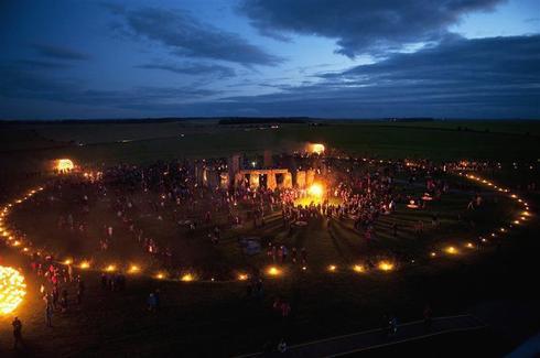 Illuminating Stonehenge
