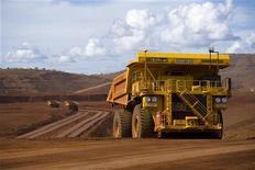 <p>Rio Tinto fait état d'une production de minerai de fer stable en rythme annuel au titre du trimestre clos en juin. Le deuxième groupe minier mondial se dit en mesure d'atteindre une production de 283 millions de tonnes par an d'ici fin 2013, en dépit des craintes d'une baisse de la demande chinoise de métaux. /Photo prise le 26 mars 2012/REUTERS/Rio Tinto</p>