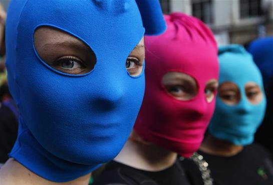 Balaclavas Fear And Fashion Reuters