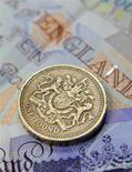 <p>Le Bureau pour la responsabilité budgétaire (OBR, Office for budget responsability) a annoncé que les mesures d'austérité prises par le gouvernement britannique pourraient avoir pesé davantage que prévu sur la croissance. /Photo d'archives/REUTERS/Toby Melville</p>