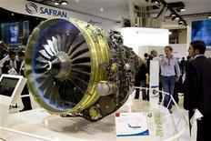 <p>Le groupe d'aéronautique et de défense Safran va acquérir pour 310 millions d'euros le pôle de systèmes électriques de Goodrich, filiale de United Technologies (UTC). /Photo d'archives/REUTERS/Benoît Tessier</p>