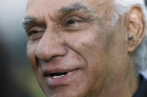 Film maker Yash Chopra dies