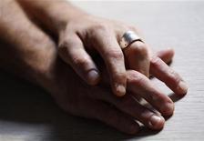 """<p>L'opposition de droite a demandé lundi au gouvernement français de ne pas """"passer en force"""" sur le mariage homosexuel et d'ouvrir une concertation sur le sujet, à deux jours de la présentation en conseil des ministres de son projet de loi. /Photo d'archives/REUTERS/Régis Duvignau</p>"""